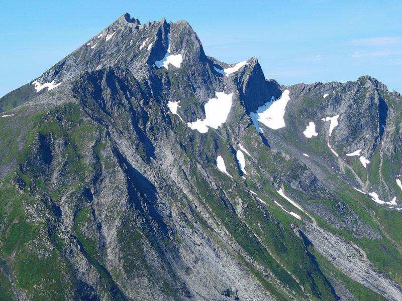 Saudehornets steile sørside